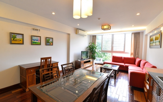 Bright 1 bedroom apartment on Lac Chinh Truc Bach