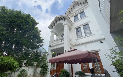 4 bedroom garden house in Long Bien with River view