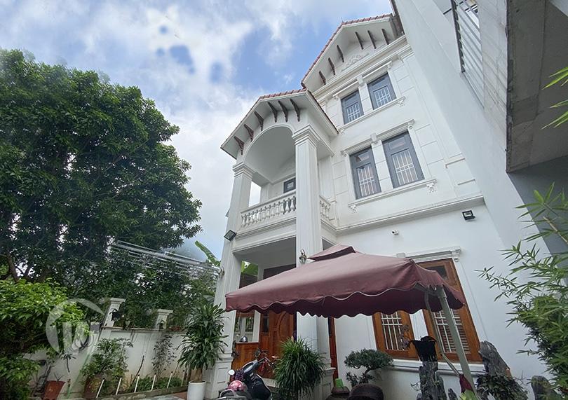 222 4 bedroom garden house in Long Bien with River view
