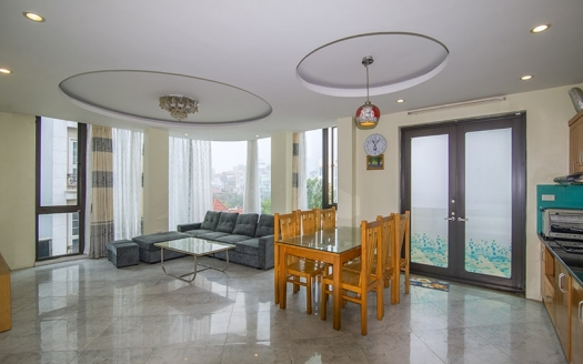2 bedroom apartment on Mac Dinh Chi Street