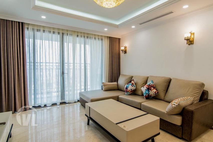 222 111 sqm Modern 3 bed apartment in D'. Le Roi Soleil 59 Xuan Dieu