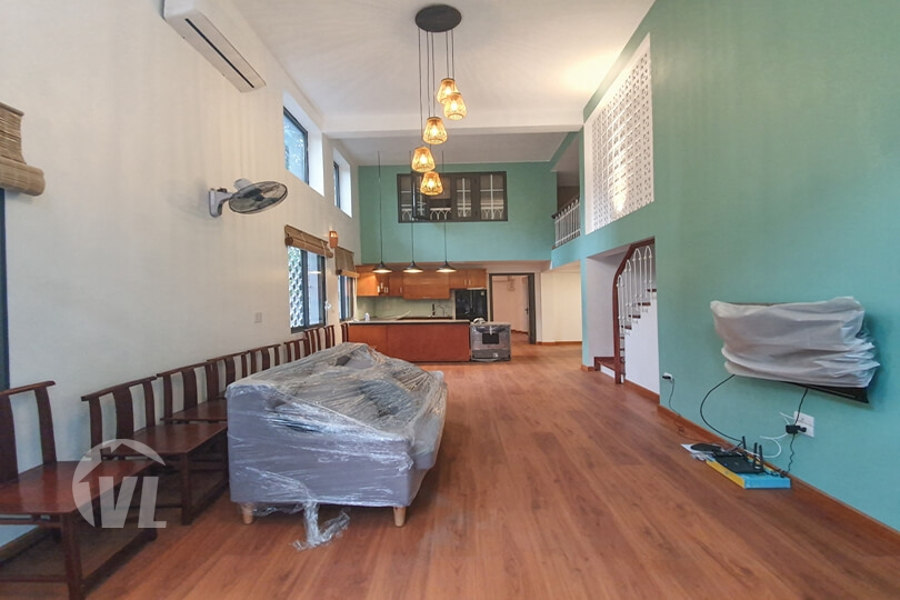 333 3 beds apartment to lease next to the French School of Hanoi