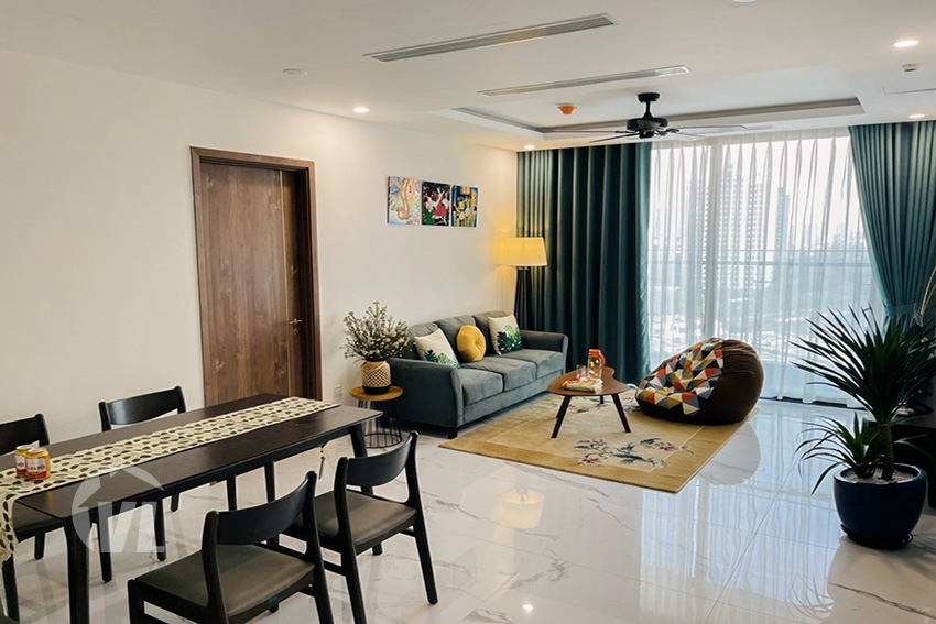 222 3 bedroom apartment in S1 Sunshine City