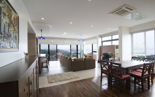 Furnished 4 beds apartment to lease in Tay Ho with West Lake view