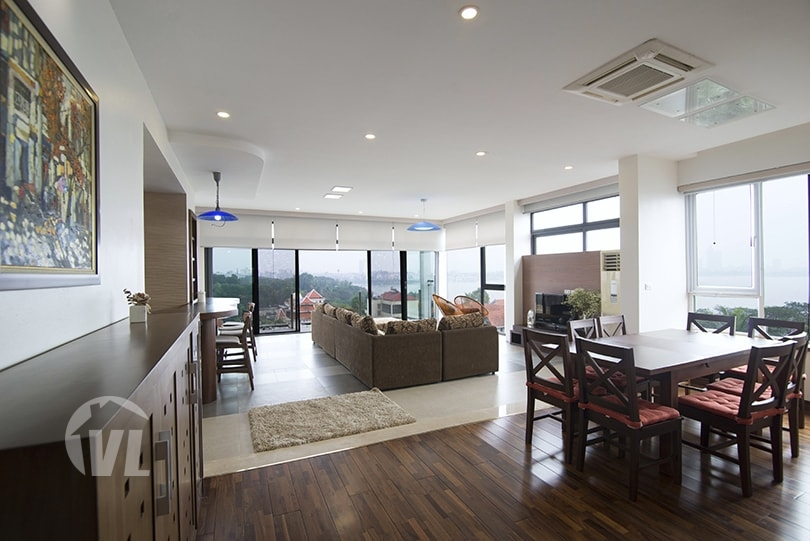 222 Furnished 4 beds apartment to lease in Tay Ho with West Lake view