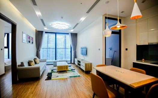 High floor Bight 2 bedroom apartment for rent in Vinhomes Metropolis