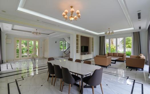 Huge 5 bedroom villa to rent close to BIS in Vinhomes Riverside Hanoi