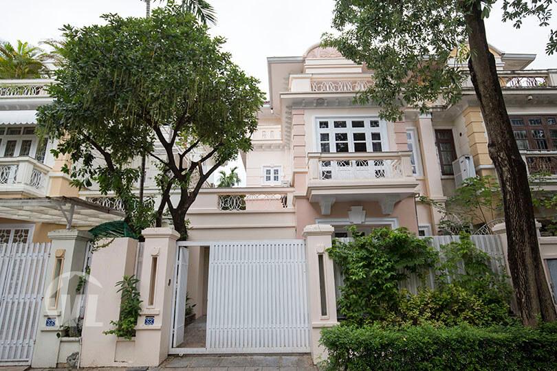 222 villa near unis school