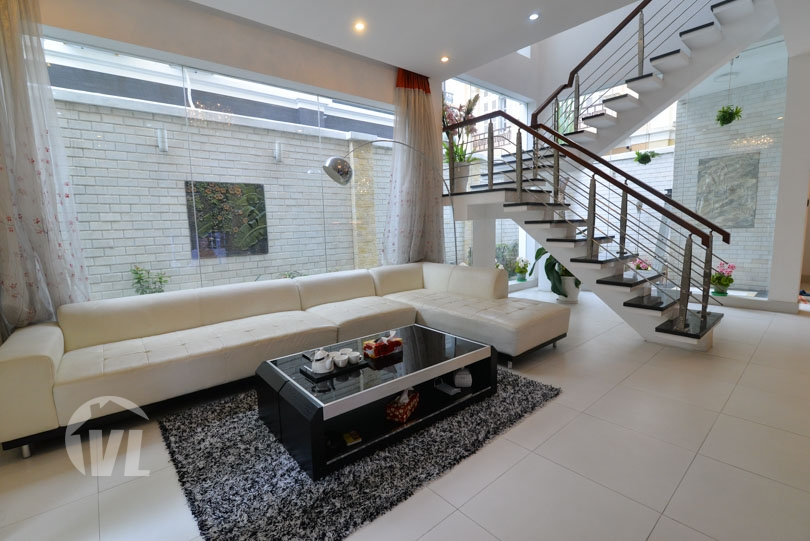 222 Rent a renovated villa at T block Ciputra Hanoi