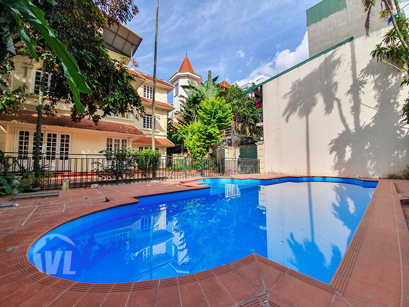 222 Amazing pool villa with garden to lease in Tay Ho 4 beds 4 baths