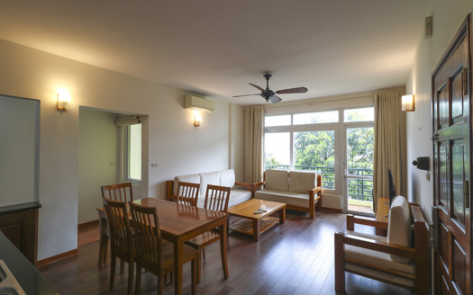 Lake view 2 bedroom apartment for rent on Tu Hoa Street