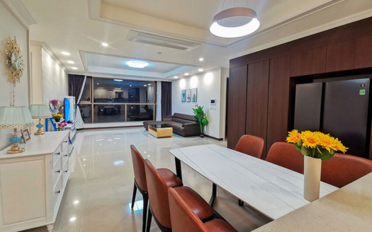 Starlake spacious 4 bedroom apartment with swimming pool view