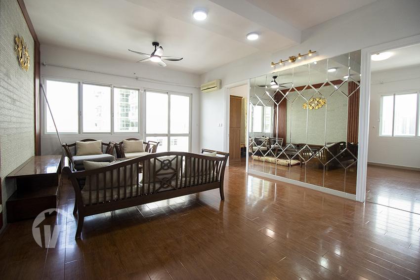 222 Sunlit 4 bedroom apartment at E4 tower Ciputra Hanoi