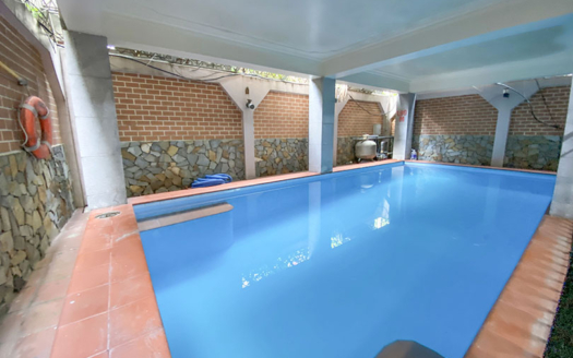 Beautiful 4 beds house with pool and garden in Tay Ho area