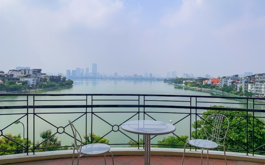 Brand-new 3 beds serviced apartment facing the West Lake