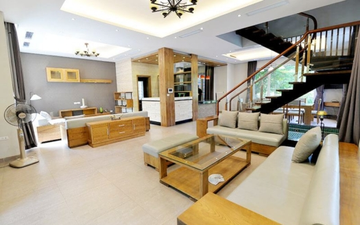 Detached house to rent in Vinhomes Riverside Hanoi