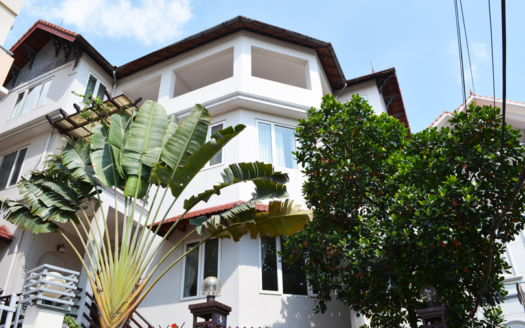 Furnished 5 beds house to rent with swimming pool in Tay Ho